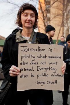 jurnalism-vs-pr